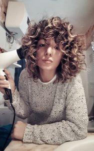 diffusing curly hair